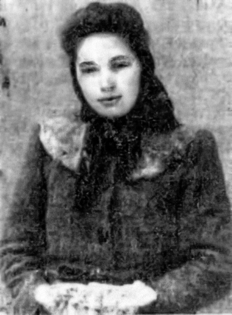 """Paraskewia Babiak """"Ola"""""""